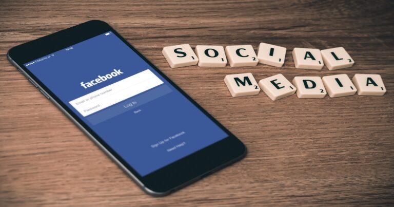 Politik om sociale medier